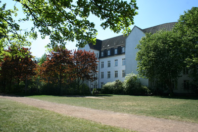Rasenplatz Genslerstraße
